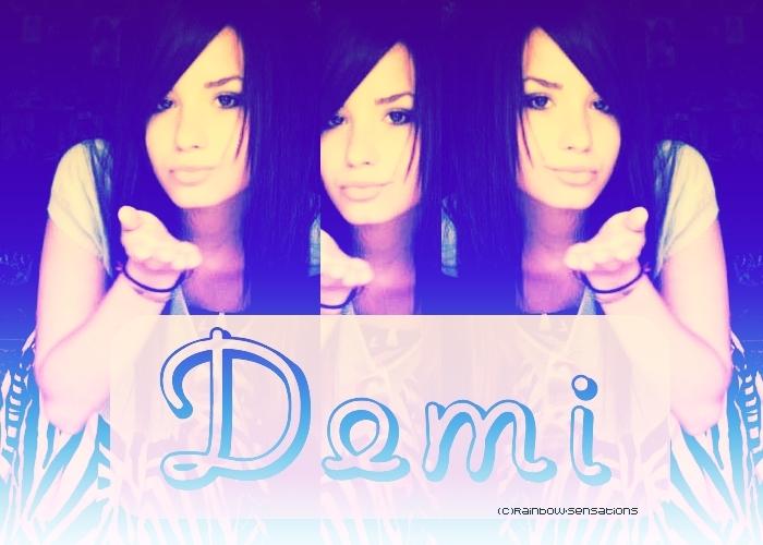 تصاميم لديمي لوفاتو كووووووووووول Demi-Lovato-demi-lovato-3327712-700-500