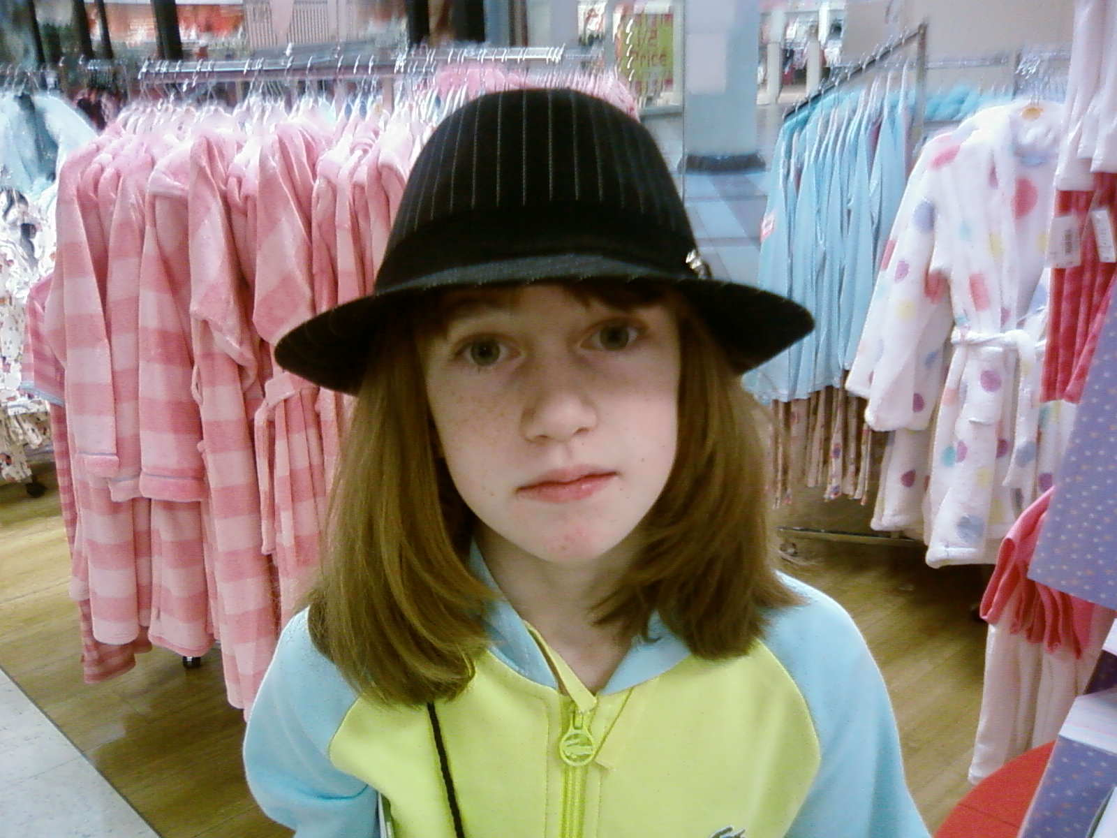 - Its-me-chloe-with-a-funny-hat-on-lolz-chloep-3389160-1600-1200