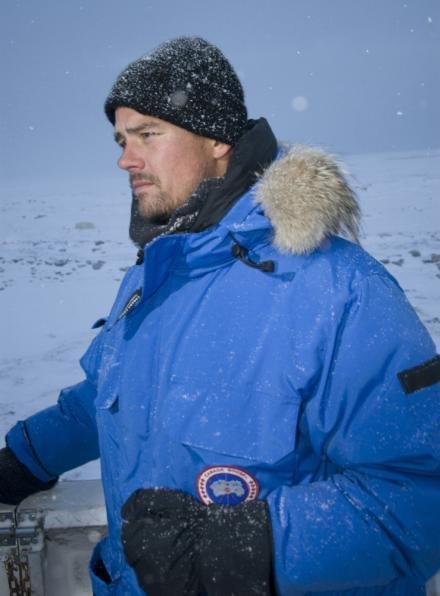 Josh visits polar bears - josh-duhamel photo