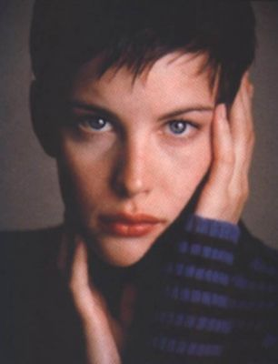 Liv Tyler wallpaper probably with a portrait entitled Liv