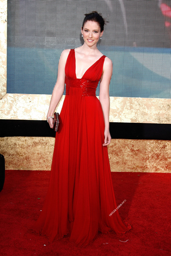 Red dress - chyler-leigh Photo