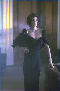Teri Hatcher / Paris Carver