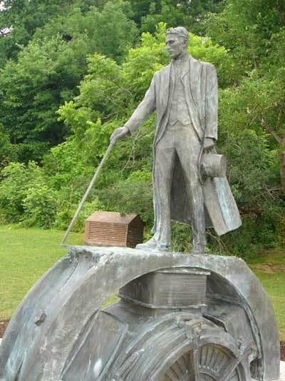 Tesla Monument at Niagara Falls