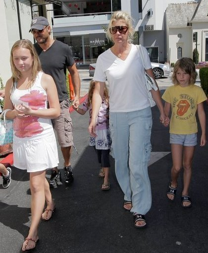 Tim McGraw and Family