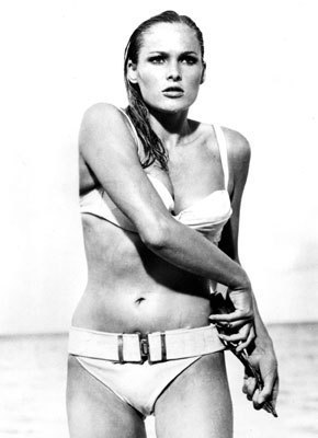 Ursula Andress / Honey Ryder