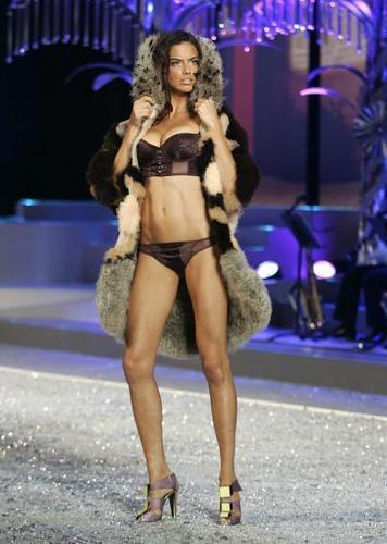 Victoria's Secret fashion Показать 2008