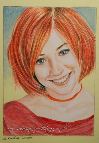 Alyson Hannigan kertas dinding probably with a portrait entitled Alyson