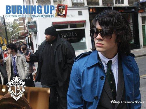 Joe Jonas!!