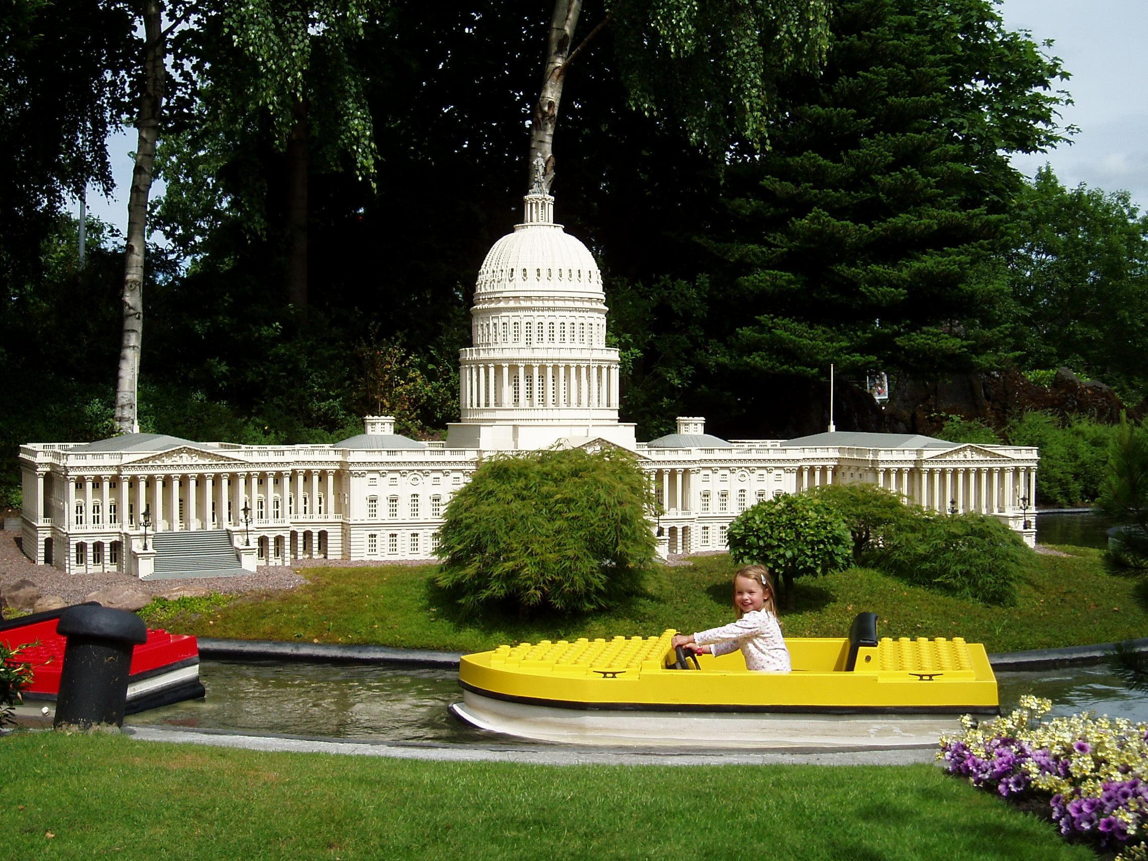 Legoland, Denmark - Lego Photo (3418999) - Fanpop