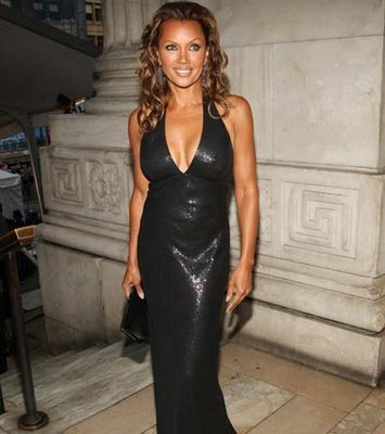 Vanessa Williams achtergrond possibly with a gown, a avondeten, diner dress, and a strapless titled Vanessa Williams