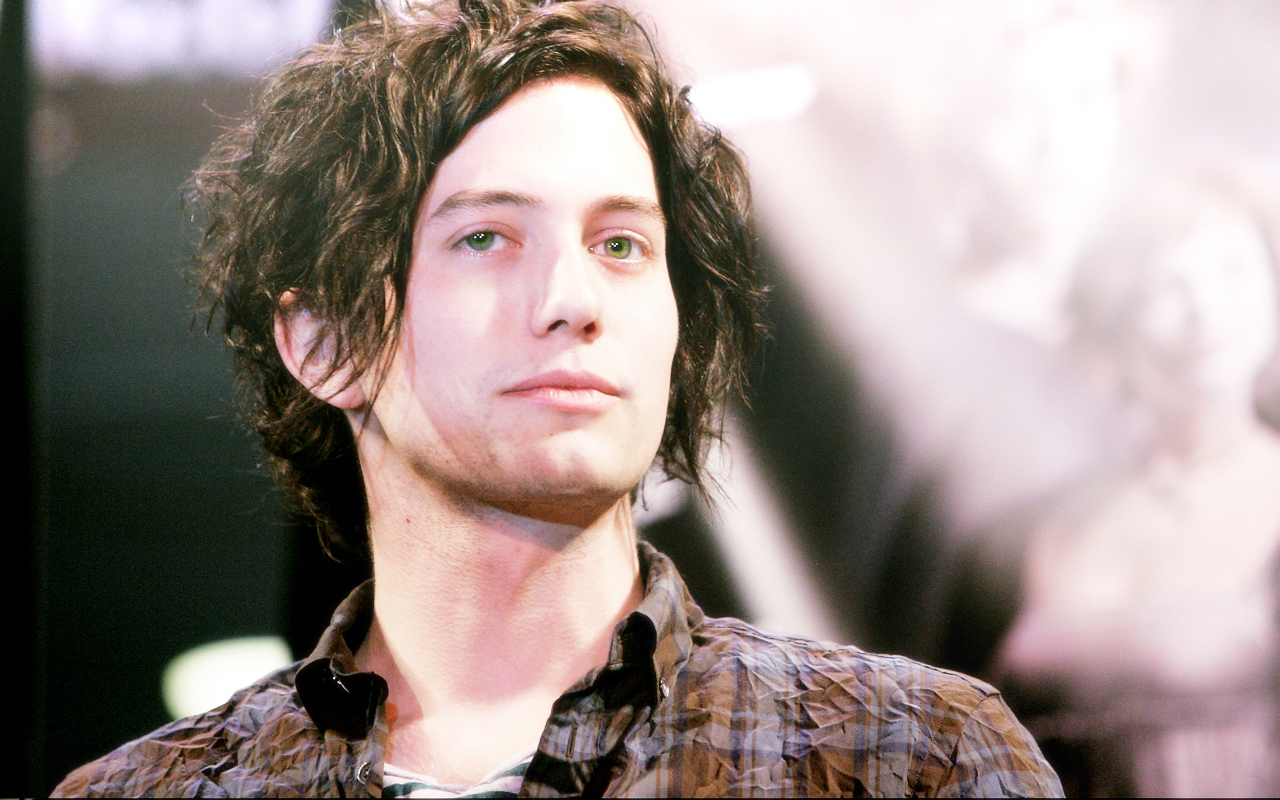 Jackson Rathbone - Photos Hot