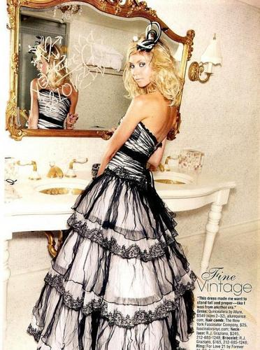 Jenny Humphrey wallpaper probably containing a gown, a hoopskirt, and a ball gown called jenny