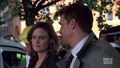 "booth-and-bones - ""Yanks in the UK"" - 4x01 screencap"