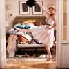 27 Dresses photo with a living room, a drawing room, and a den titled 27 Dresses icons