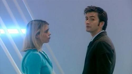 Tenth Doctor And Rose Doomsday Badwolf - Tenth/Rose i...