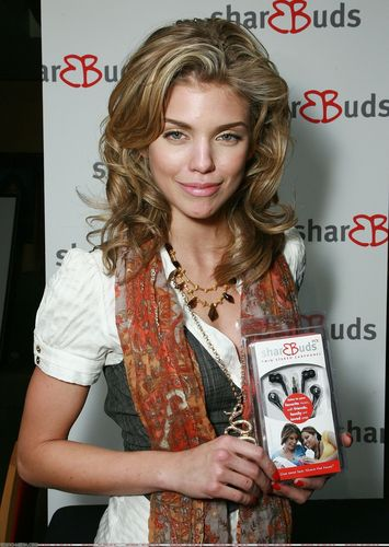 AnnaLynne at style lounge