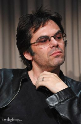 Billy Burke at the Wonderland