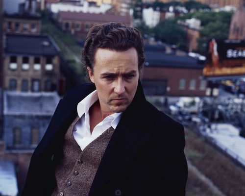 Edward Norton wallpaper containing a business suit titled Edward Norton - Glen WIlson Shoot