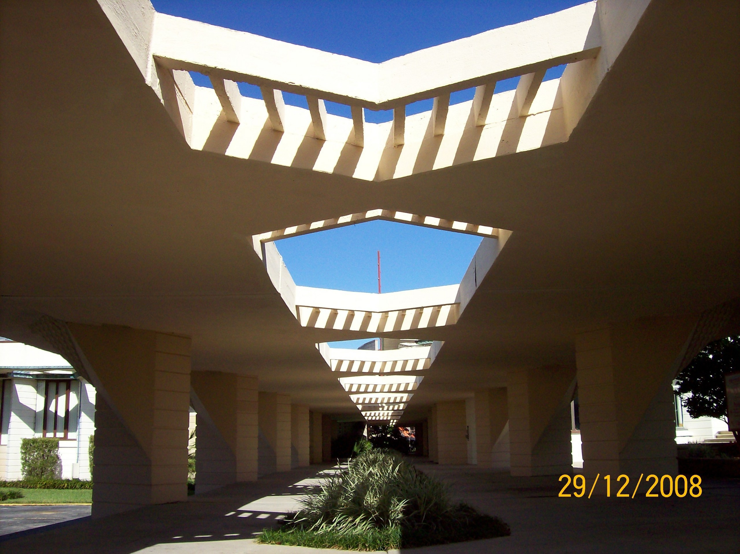 Frank Lloyd Wright Images Florida Southern College HD Wallpaper And  Background Photos