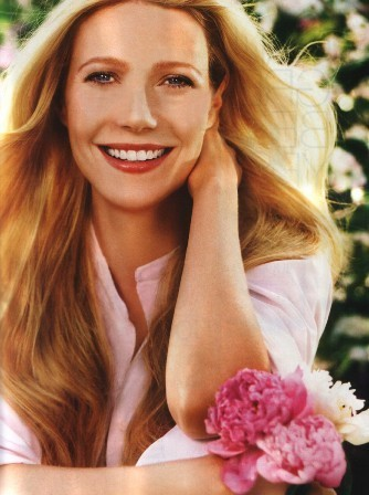 Gwyneth Paltrow wallpaper probably containing a portrait entitled Gwyneth Paltrow