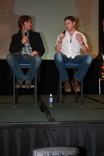 ... padalecki and jensen ackles L.A. Supernatural Creation Convention 2008
