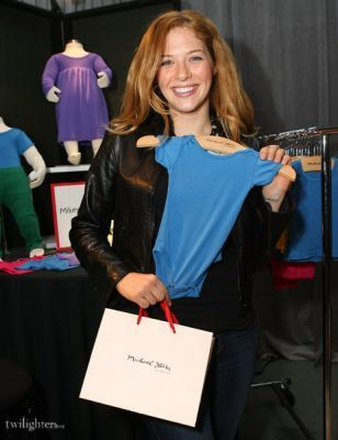 Rachelle Lafevre in Access Hollywood - Things u Must...