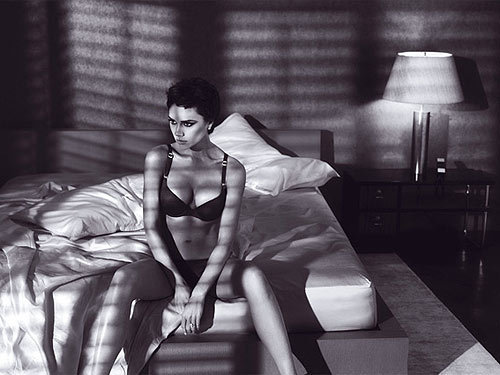 Victoria's Armani photo shoot - Victoria Beckham 500x375