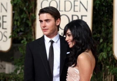 Zac Efron & Vanessa Hudgens wallpaper with a business suit called Zanessa @ 2009 Golden Globe Awards