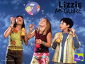 christie - lizzie-mcguire wallpaper