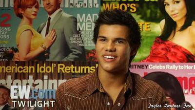 <3 Taylor Lautner <3