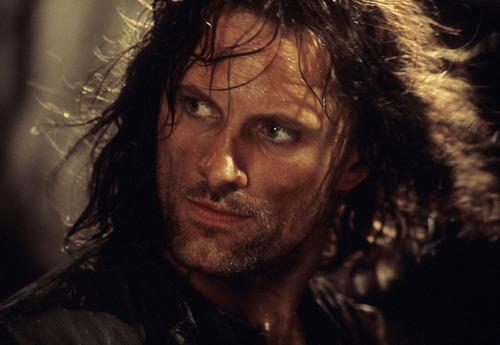 반지의 제왕 바탕화면 probably with a portrait entitled Aragorn