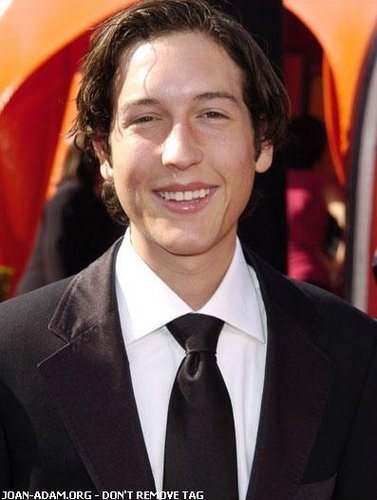 Chris Marquette wallpaper containing a business suit and a suit called Chris Marquette