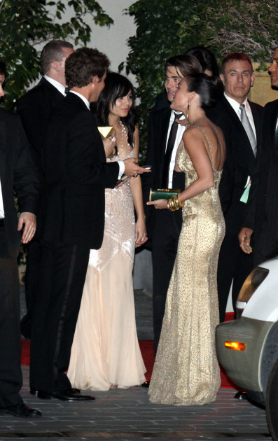 Golden Globes 2011 red carpet fashion: Megan Fox vs. Olivia Wilde