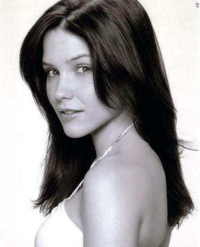 Sophia Bush - one-tree-hill-girls Photo