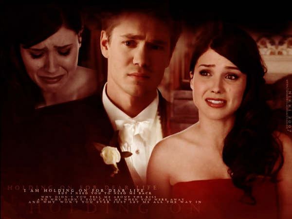 Brucas photos Brucas-naley-vs-brucas-3633550-600-450