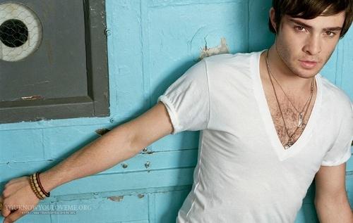 Ed new photos: Hot! (luv his hair like this)