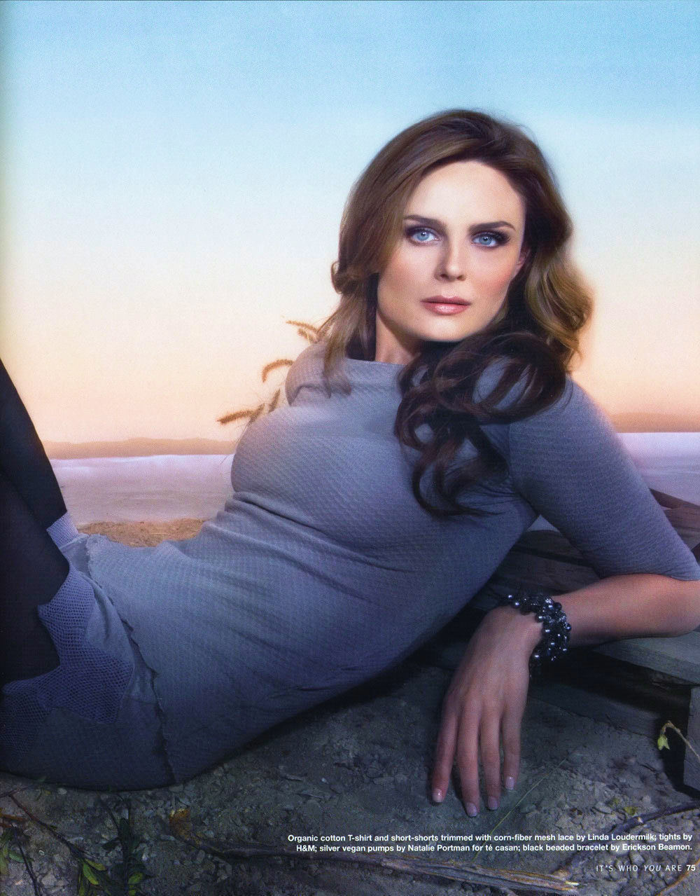 Emily Deschanel-Bones - The Girls of Bones Photo (3755990 ...