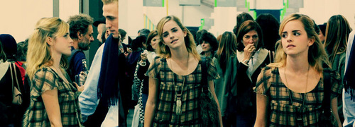 Emma Watson wallpaper possibly with a well dressed person and a portrait entitled Emma
