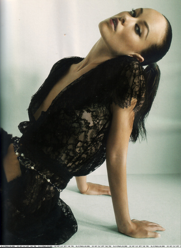 Marie Claire UK - Nov 2006 [2]
