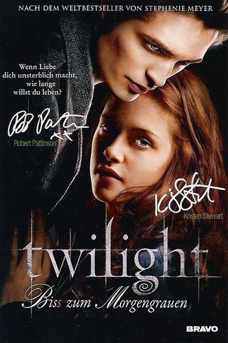 Robert and Kristen Signature: German Scan