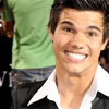 Hey guys ... are you in my relationship ? Taylor-333-taylor-lautner-3760714-100-100