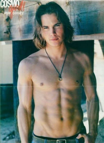 Taylor Kitsch wallpaper possibly containing skin called Taylor Kitsch