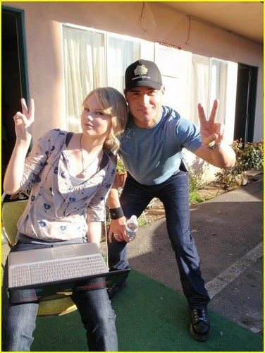 Taylor matulin on Set of CSI