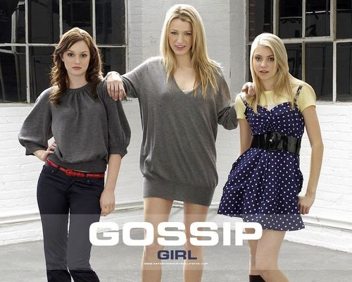 Blake Lively karatasi la kupamba ukuta probably with a portrait called Gossip Girl