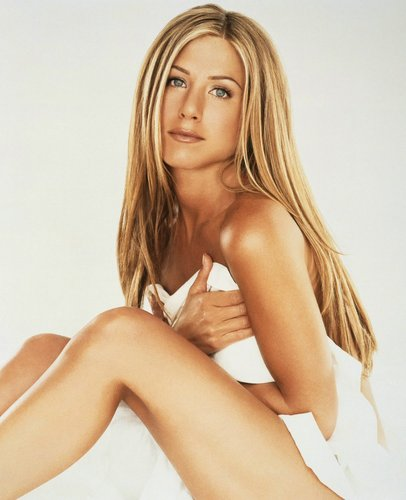 Jennifer Aniston wallpaper containing attractiveness, skin, and a portrait called Jen <3