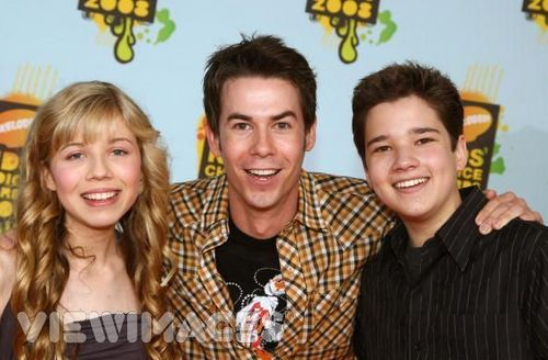 Nathan Kress images Nathan being Majorly Hot! wallpaper and background photos
