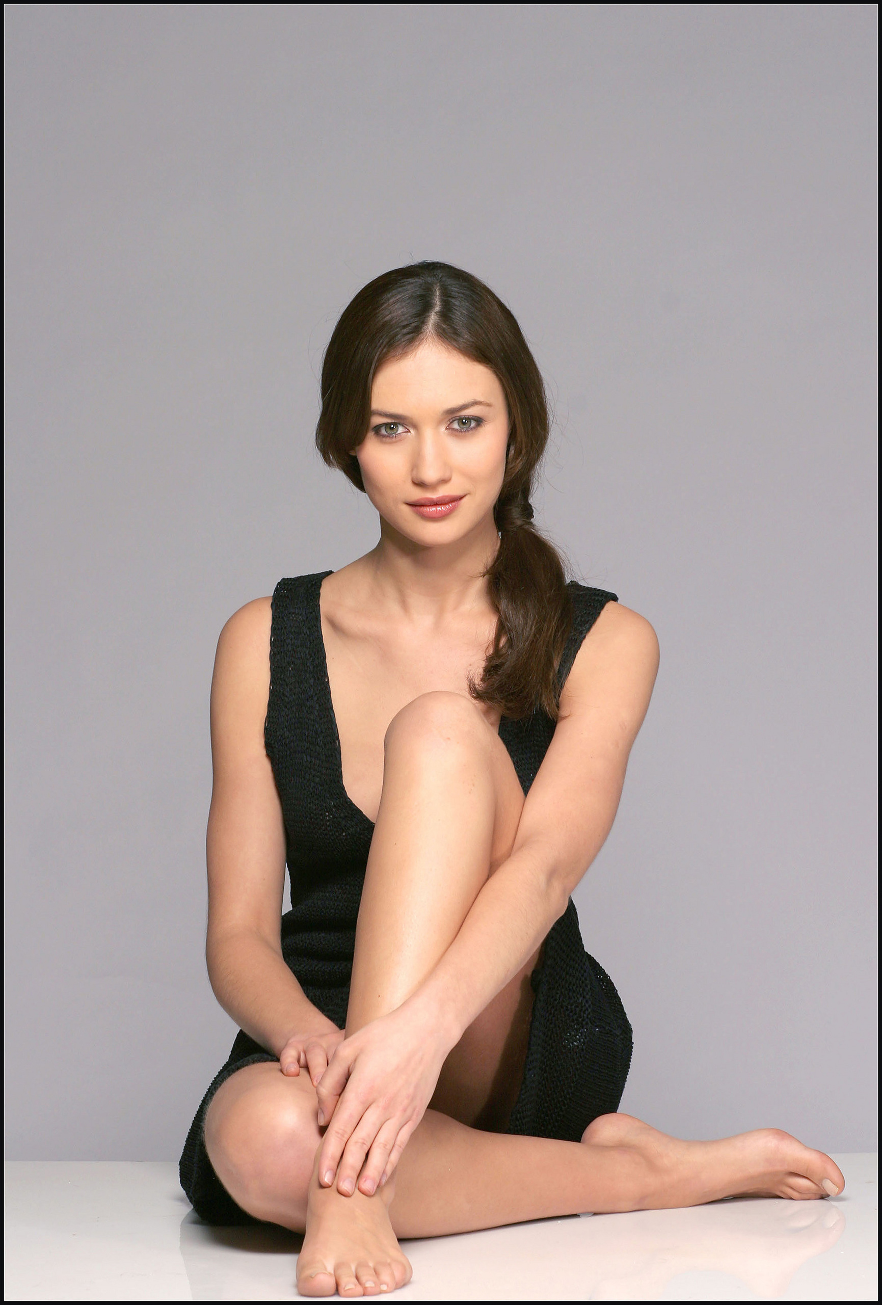 http://images2.fanpop.com/images/photos/3800000/Olga-olga-kurylenko-3868131-1731-2560.jpg