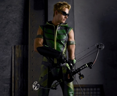 Green Arrow wallpaper possibly containing a navy seal and a rifleman entitled Oliver