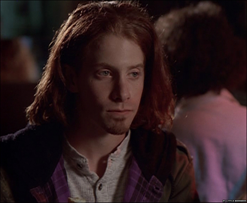 Seth Green kertas dinding with a portrait titled Seth with long hair!