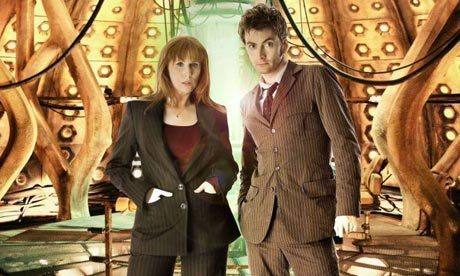 Donna Noble kertas dinding with a business suit and a well dressed person called donna